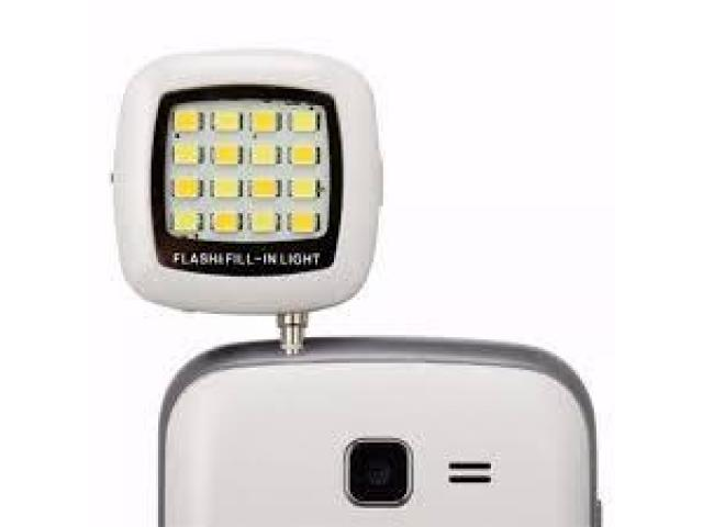 Flash Led Para Smartphone (android, Iphone) - Color Negro - 1/2